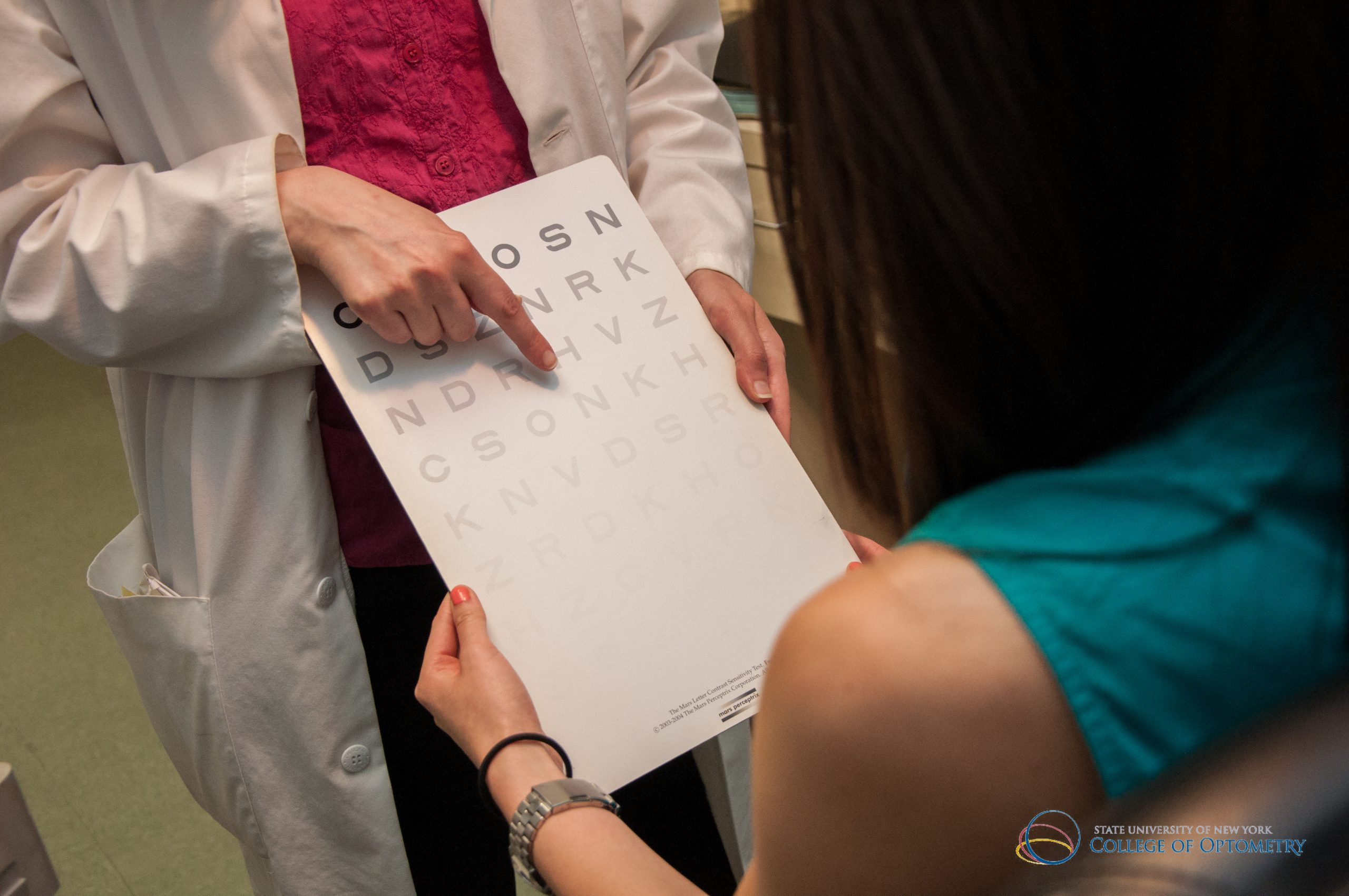 Low Vision Exam (4)_eye chart